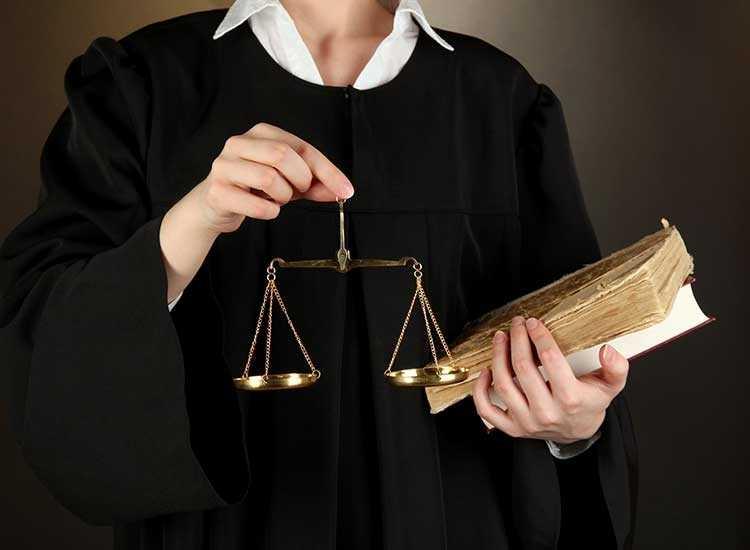 Pomoc prawna przy ubieganiu się o odszkodowanie