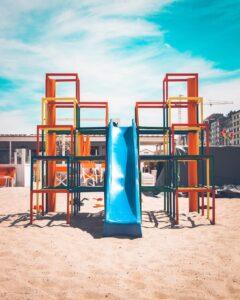 Jak może wyglądać plac zabaw dla dzieci?