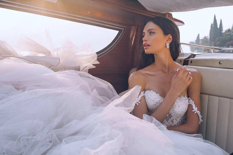 Suknie ślubne w prawdziwie królewskiej odsłonie